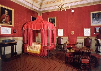Museo Pio IX, Camera da letto