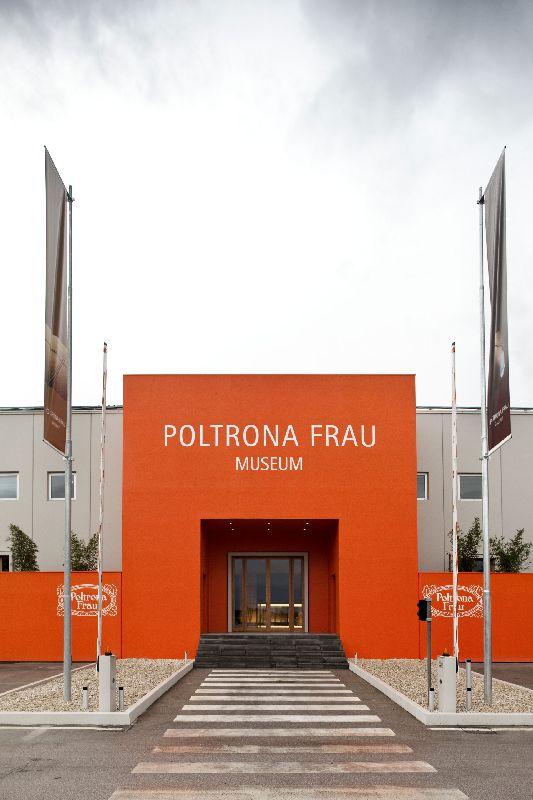 Poltrona Frau Tolentino Indirizzo.Tolentino Poltrona Frau Museum