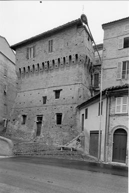 Torrione delle Mura Castellane