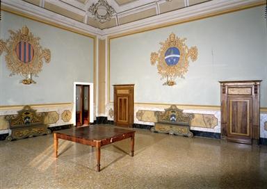 Veduta di una delle sale del Palazzo Vescovile, sede della Pinacoteca Diocesana