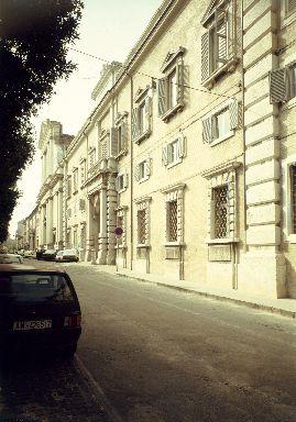 Facciata del Palazzo Vescovile, sede della Pinacoteca Diocesana