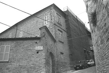 Palazzo Morroni Mozzo