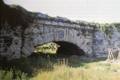 Veduta di ponte Mallio sulla via Faminia