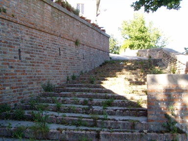 Scalinata delle Mura castellane
