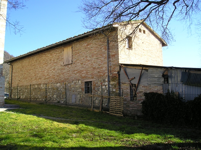 Casa colonica di villa c canale for Piani casa colonica