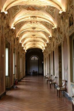 Veduta della Galleria in stile rococò di Palazzo Pianetti