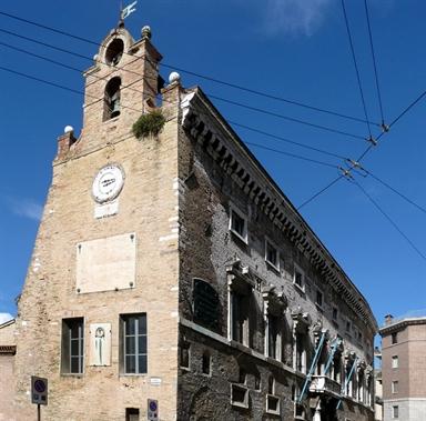 Veduta esterna del Palazzo degli Anziani