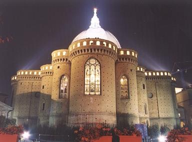 Veduta absidale della Basilica di Loreto