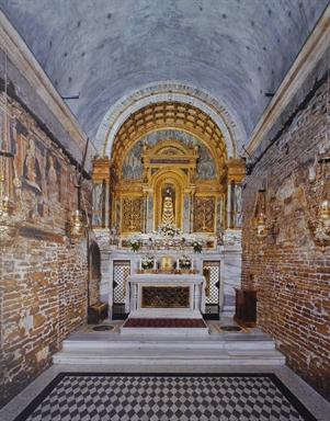 Interno della Santa Casa nella Basilica di Loreto