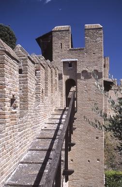 Camminamento di ronda del Castello di Gradara