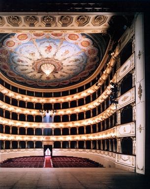Veduta dei palchi del Teatro Rossini di Pesaro