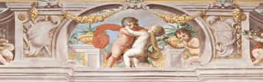 Particolare del fregio decorativo del piano nobile