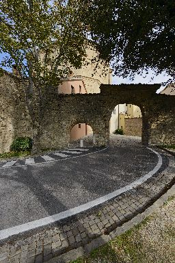 Porta dei Tassi e Portella