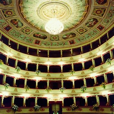 Veduta dei palchi del Teatro Pergolesi