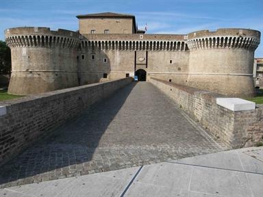 Facciata della Rocca Roveresca di Senigallia