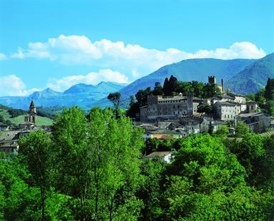 Veduta del Castello Pallotta di Caldarola