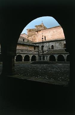 Abbazia di S. Maria di Chiaravalle di Fiastra