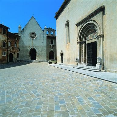 Chiesa di S. Maria della Pieve in piazza Martiri Vissani