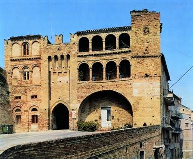 Rocca Brunforte e Porta urbica detta di Sant